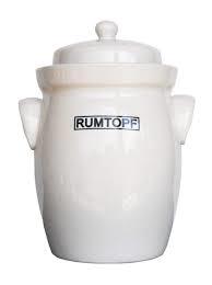 Rumpot of Rumtopf
